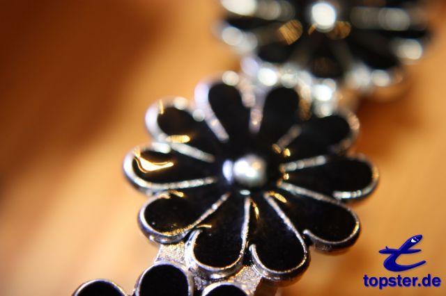 Grampo de cabelo com flores