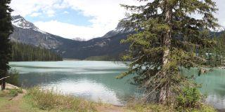 Изумрудного озера